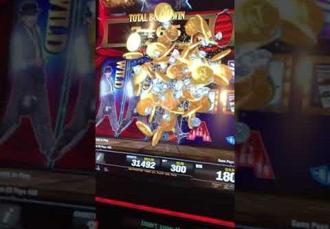 Mega win on the MGM Grand Michael Jackson Slot Machine Las Vegas Nov 2017