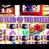 **JACKPOT & SUPER BIG WINS** 2016 THE YEAR OF THE BUFFALO | SlotTraveler