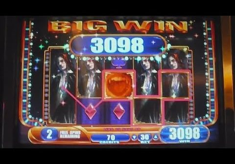 Vampire's Embrace MEGA BIG WIN Slot Machine Bonus Free Games