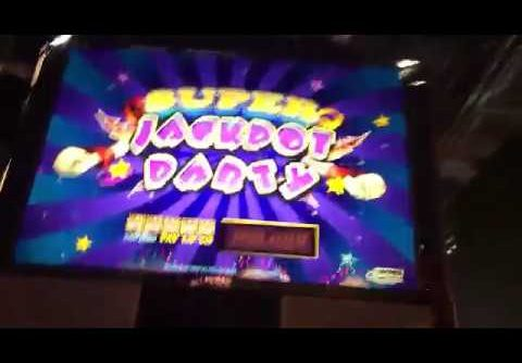 Super jackpot party slot machine bonus big win!