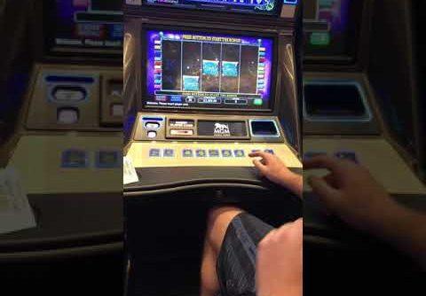 BIGGEST JACKPOT ON YOUTUBE FOR DIAMOND QUEEN SLOT MACHINE HIGH LIMIT $100 BET BONUS HUGE WIN MGM NH